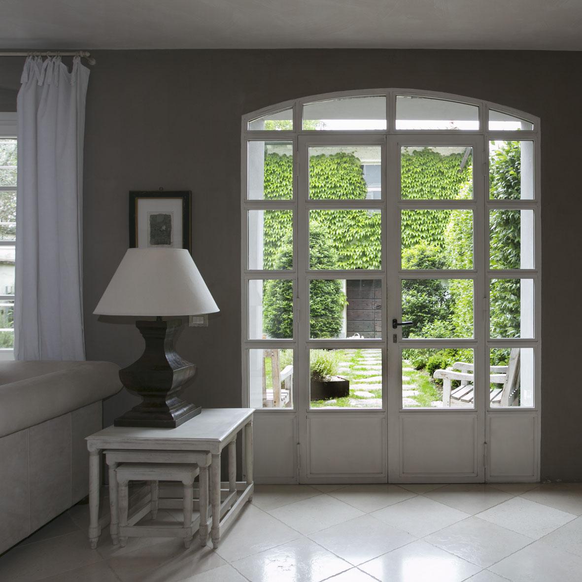 Interior - 12