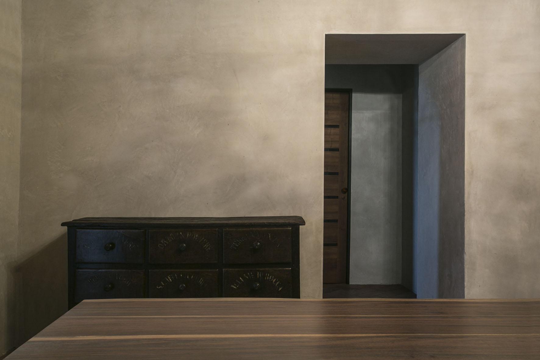 Interior - 20