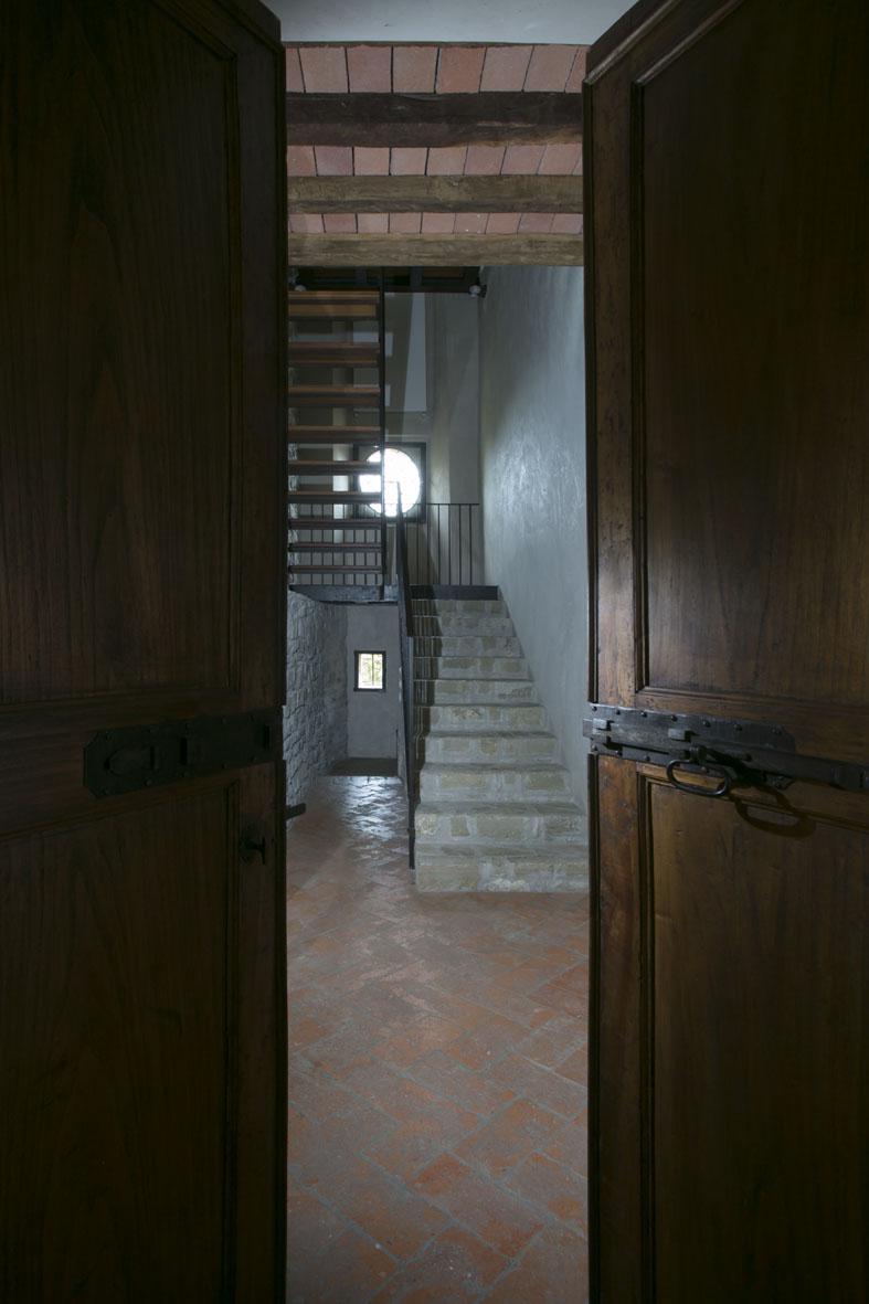 Interior - 29